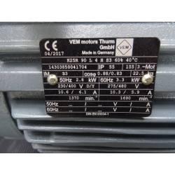 Moteur en fonte triphasé 2.8 kW VEM NEUF déclassé