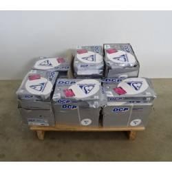 Lot de 34 ramettes de 250 feuilles blanches A4 200 gr CLAIREFONTAINE NEUF déclassé