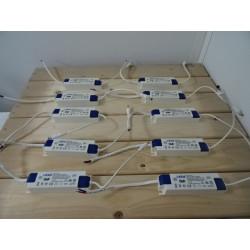 Lot de 4 transformateurs pour panneau LED 25-42 W LIFUD LF-GIR040YM1000H NEUF