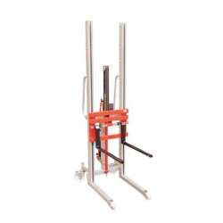 Gerbeur Elévateur réglable en largeur Force 300 kg  Hauteur levée max: 1.70 m...