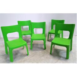 Lot de 5 chaises vertes WESCO Petite taille T1 Hauteur assise 24.5 cm NEUF...