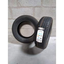Lot de 2 pneus 185/65R15 NOKIAN tyres NEUFS